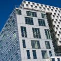 Law Graduate Praises New Law Center in Newspaper