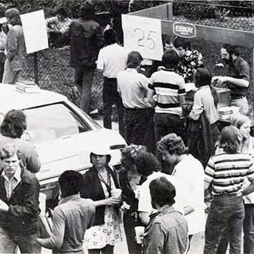 1975 Block party crowd