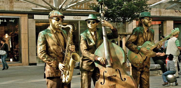 Jazz Musicians on the Strasse